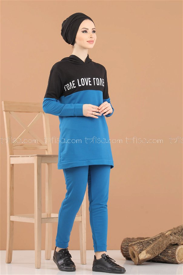 ( 2 pieces ) ** Tunic Hooded and Pants saks - 8221