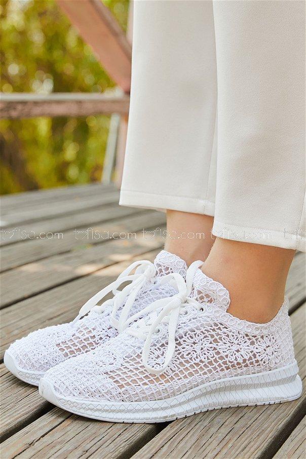 حذاء شبكي لون ابيض 20138