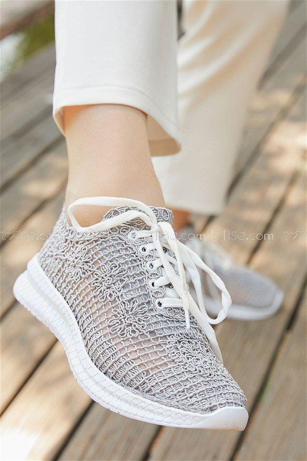 حذاء شبكي لون فضي 20138