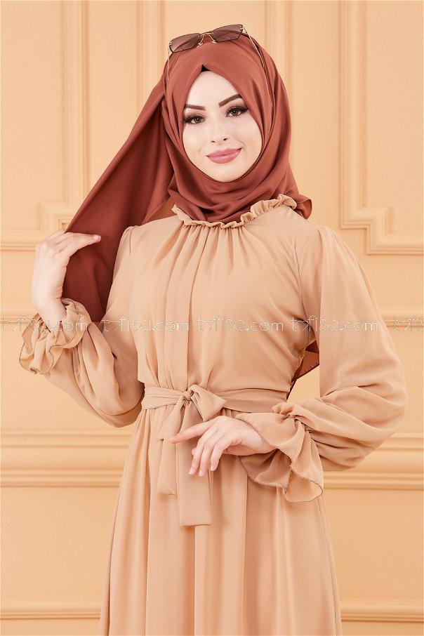 فستان مزود بحزام لون بيج 20170