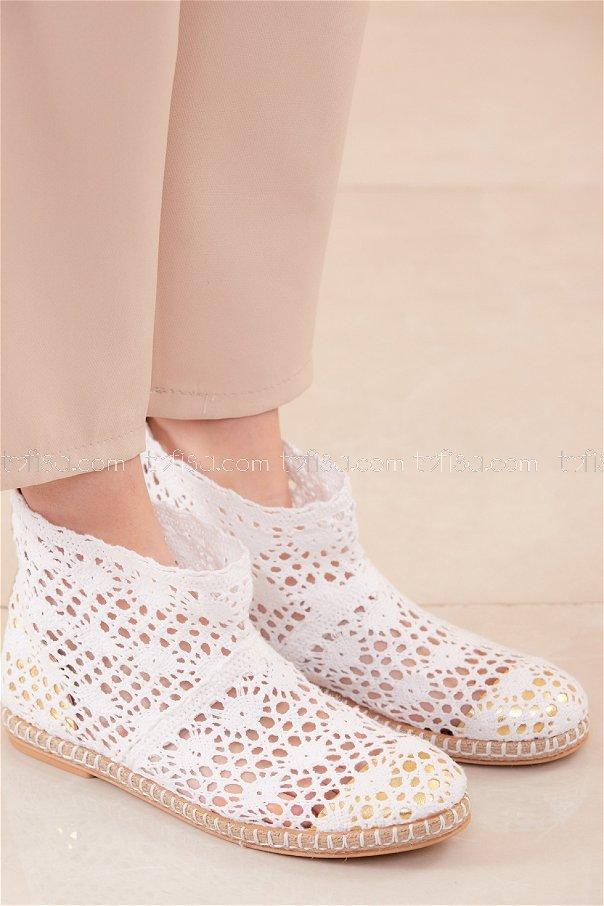 حذاء شبكي لون ابيض 20566