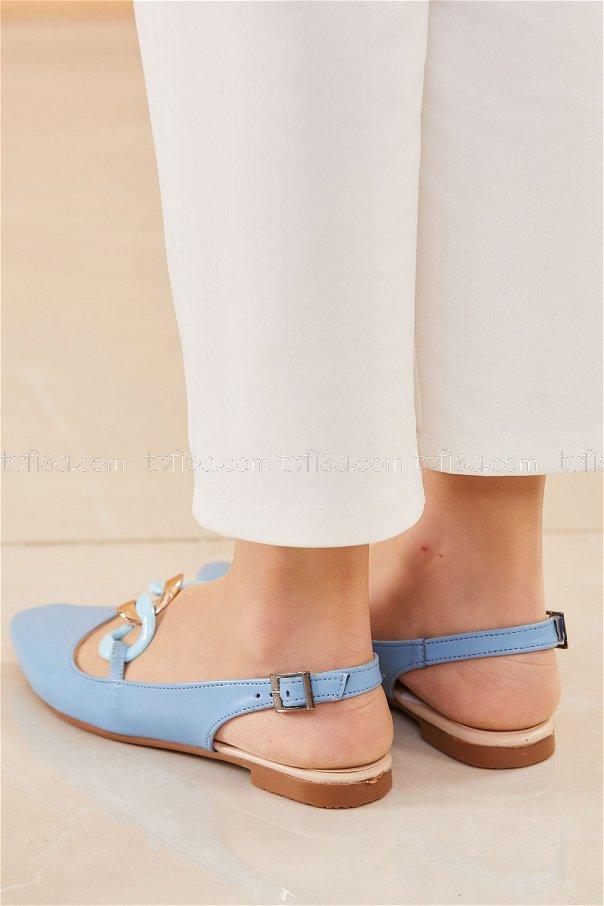 حذاء لون ازرق فاتح 20664