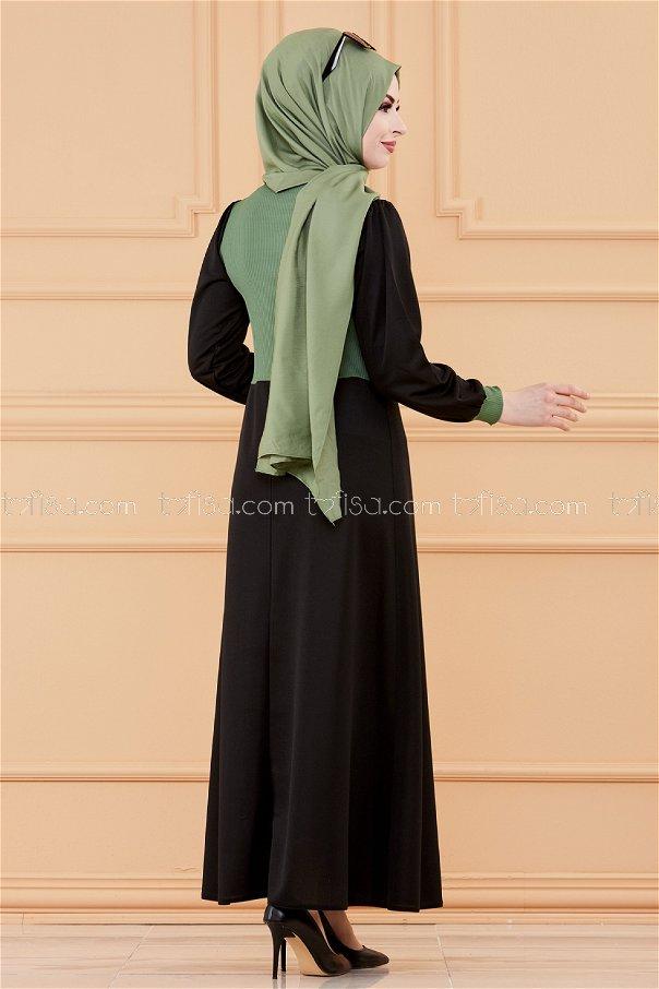 فستان مطرز لون اخضر3508