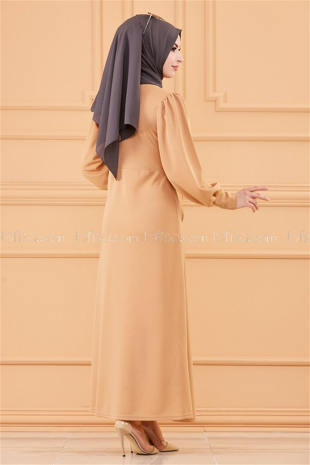 فستان لون بيج فاتح 3675