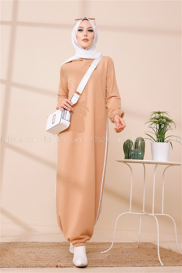 فستان مزود كابيشون لون بيج داكن 5257