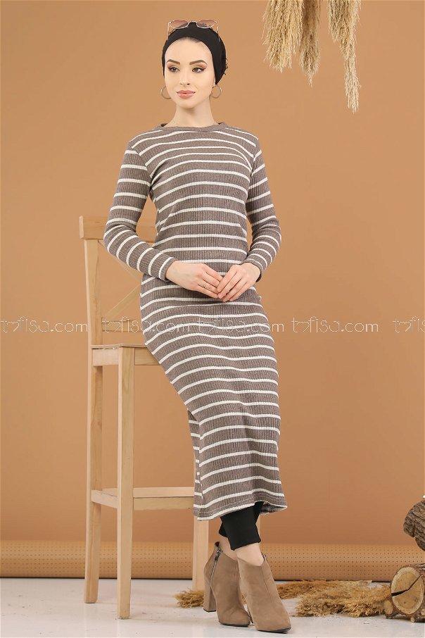 فستان تريكو بني فاتح - 8261