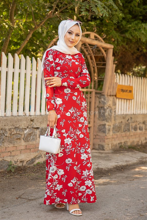 فستان لون احمر 8589