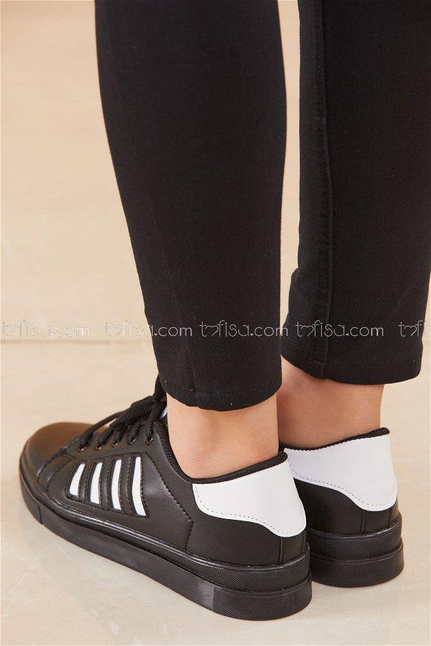 Cızgılı Derı Garnılı Ayakkabı SYH SIYAH BEYAZ - 8700