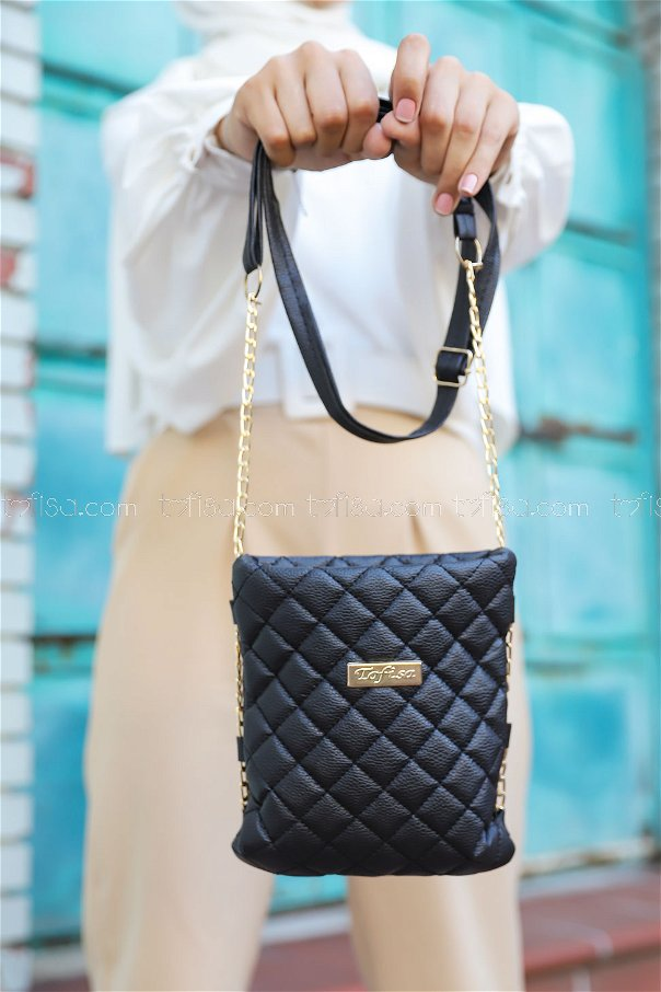 Cross Chain Bag Black - 2005