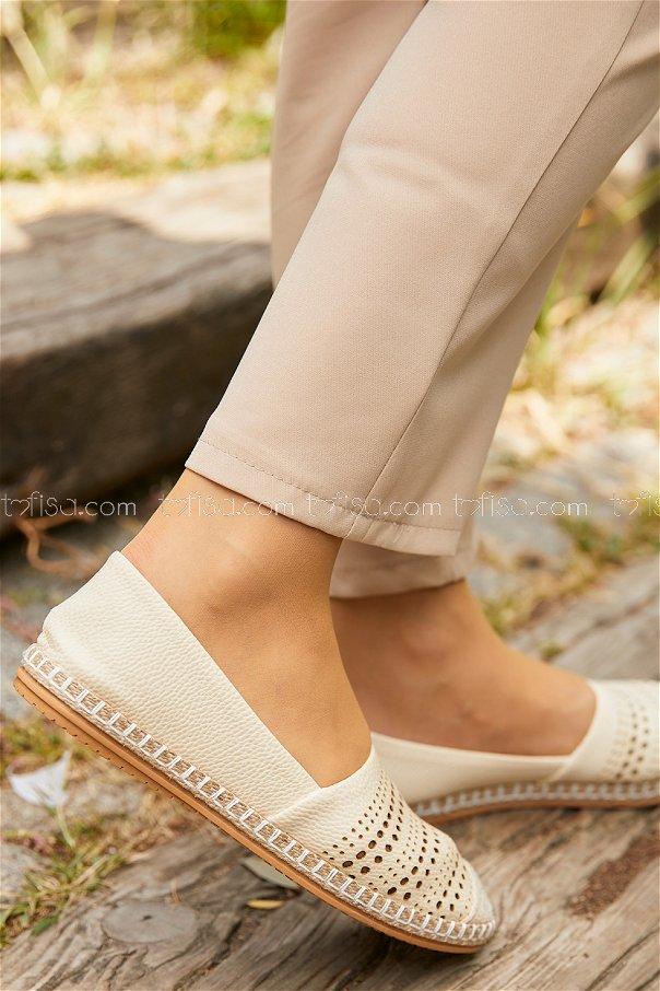 Desenlı Babet Ayakkabı KREM - 20393