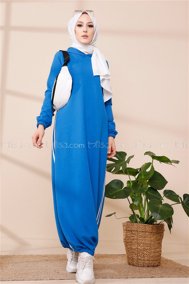 Hooded Tunic Flowerpot - 5257