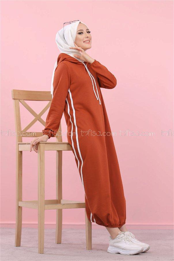Hooded Tunic Tile - 5257