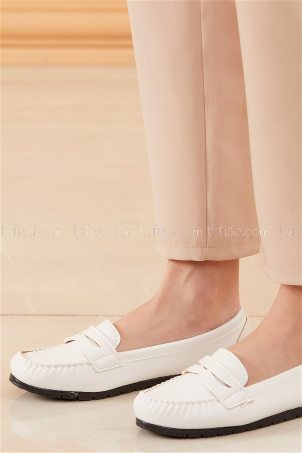 Klasık Babet Ayakkabı BEYAZ - 20523