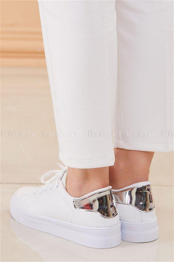 Parlak Garnılı Ayakkabı BYZ BEYAZ GUMUS - 8698