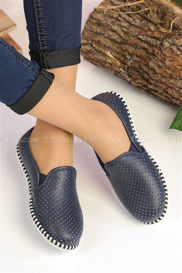 Perforated shoes Navy Blue - 02 7521