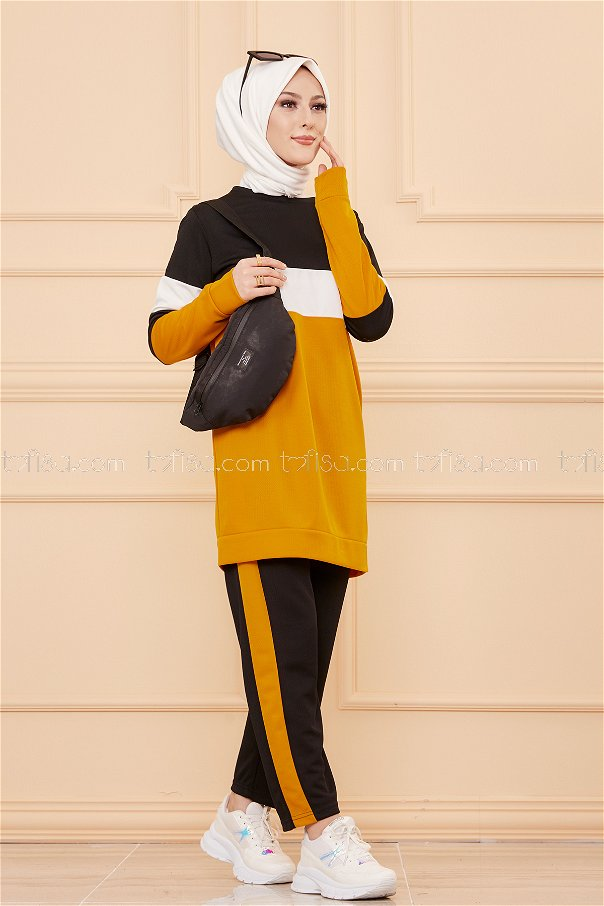 Sport Tunic and Pants Combine Mustard - 02 6570