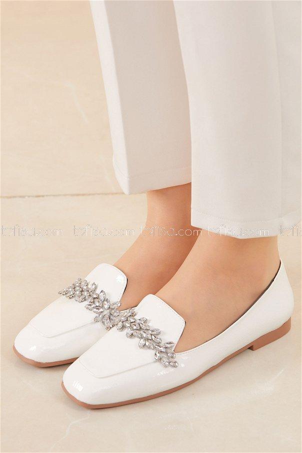 Taslı Parlak Babet Ayakkabı BEYAZ - 20591