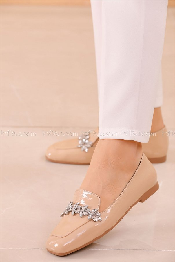 Taslı Parlak Babet Ayakkabı PUDRA - 20591
