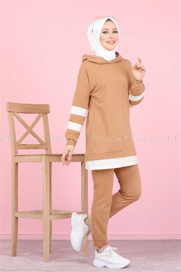 Tunic and Pants Biscuit - 3024