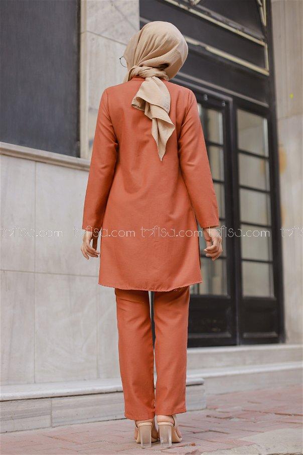 Tunic and Pants Tile - 8432