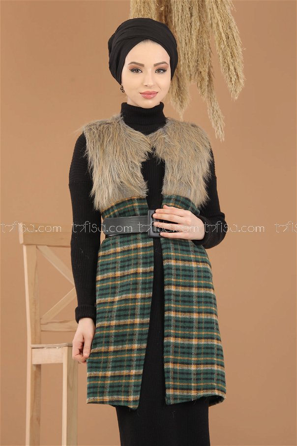 Vest Details Fur green - 8282
