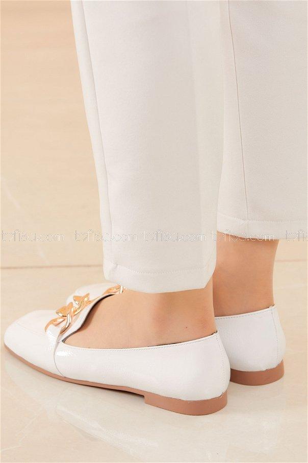 Zıncırlı Parlak Babet Ayakkabı BEYAZ - 20588