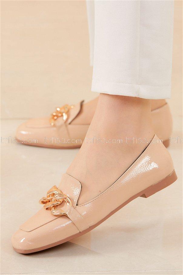Zıncırlı Parlak Babet Ayakkabı KREM - 20588